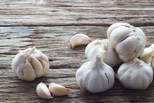 garlic juice - removing skin tags