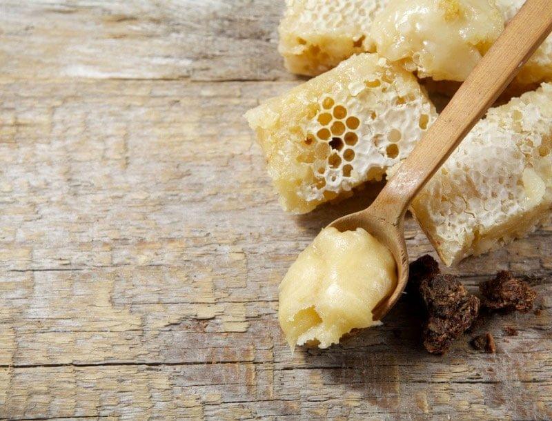 beeswax ingredient in beard balm - tools of men