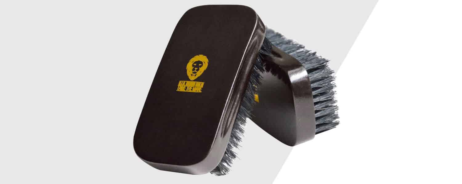 boar hair bristle brush to use on beards