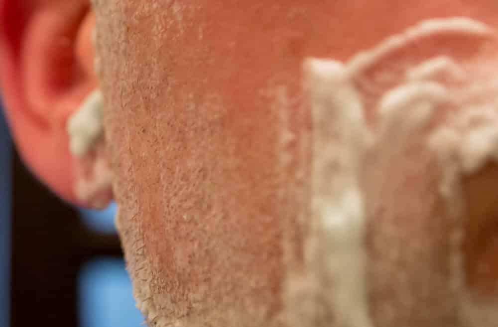 closeup of the dorco prime razor blade cut - tools of men