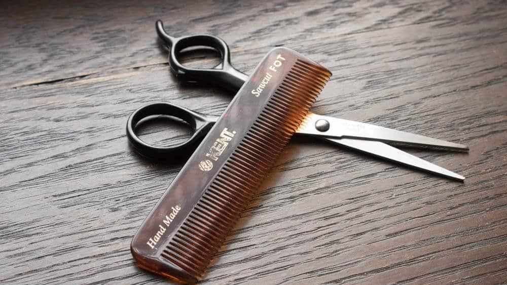 beard comb and scissors
