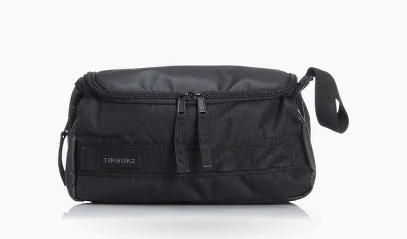 timbuk2-toiletry-bag
