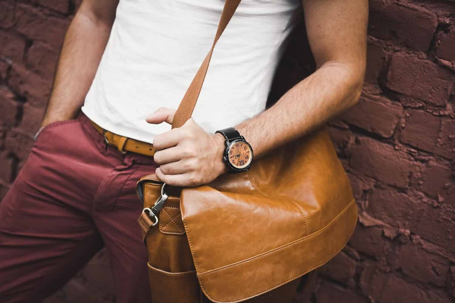 2eaed1b762 17 Best Leather Messenger Bags For Men That Look Amazing  2019