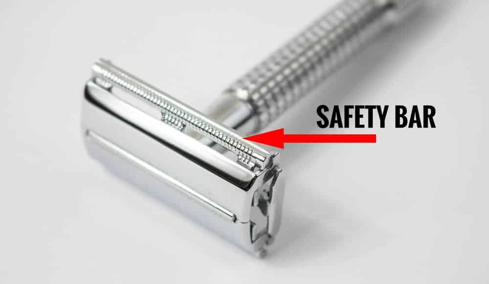 safety bar on a double edge safety razor