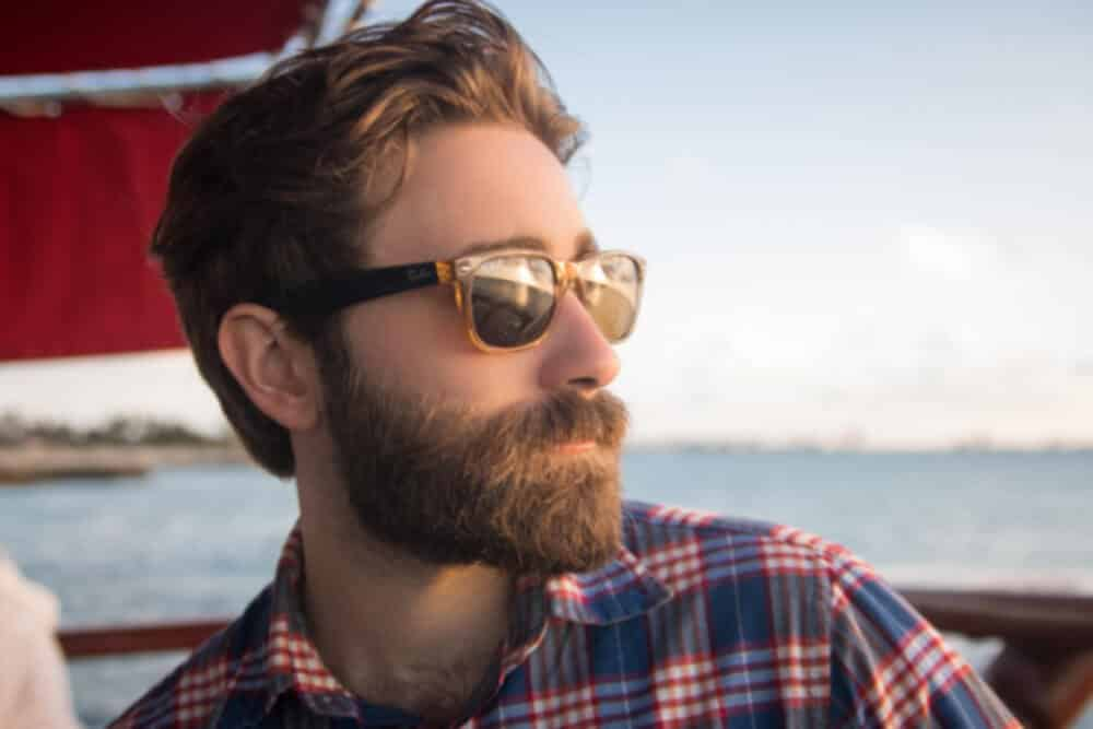 growing a healthy beard