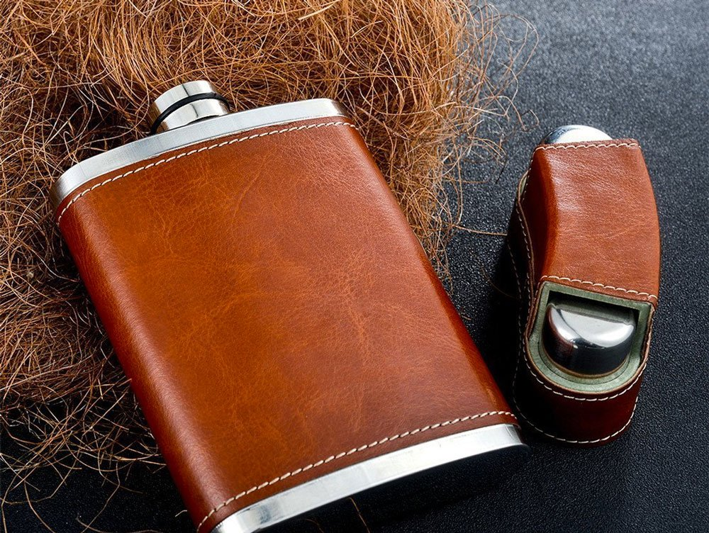 how hip flasks differ
