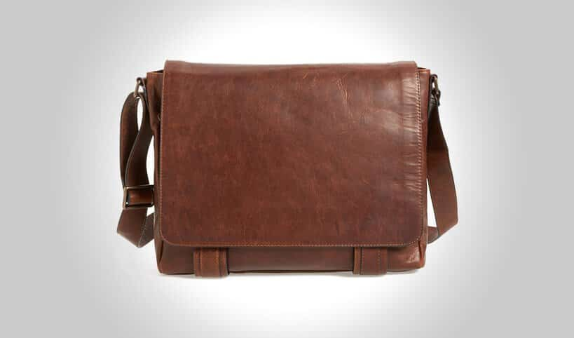 17 Best Leather Messenger Bags For Men That Look Amazing  2019  23d901553f519