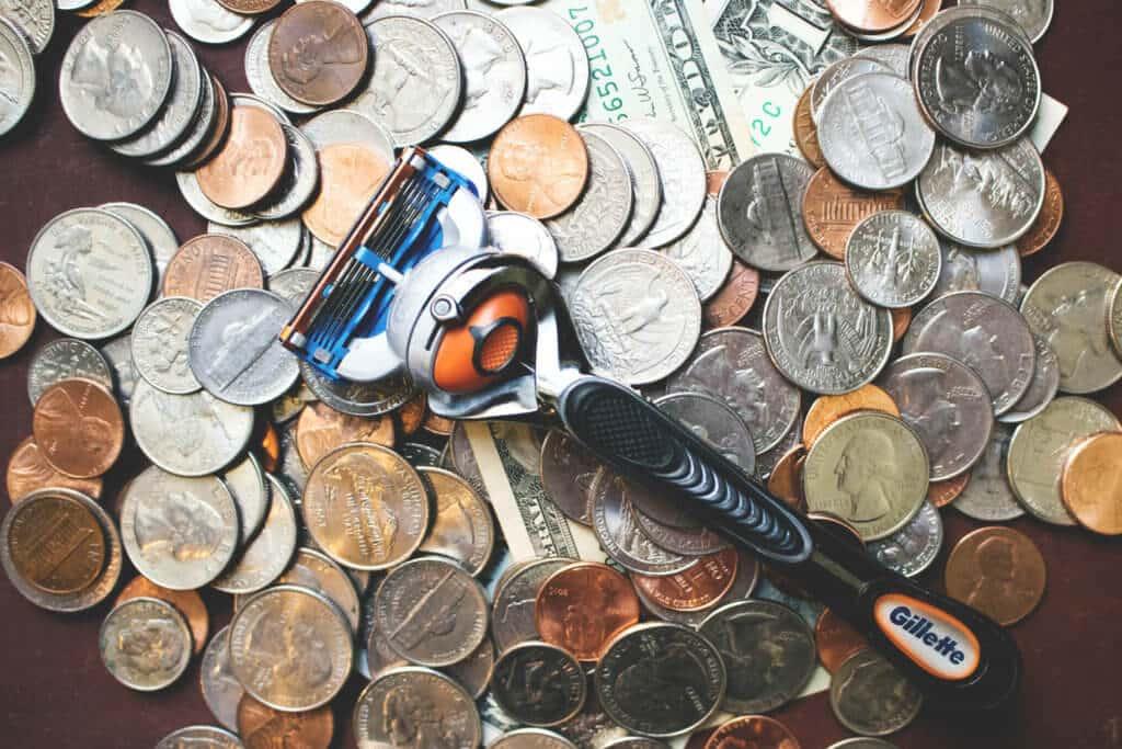save money on razor blades