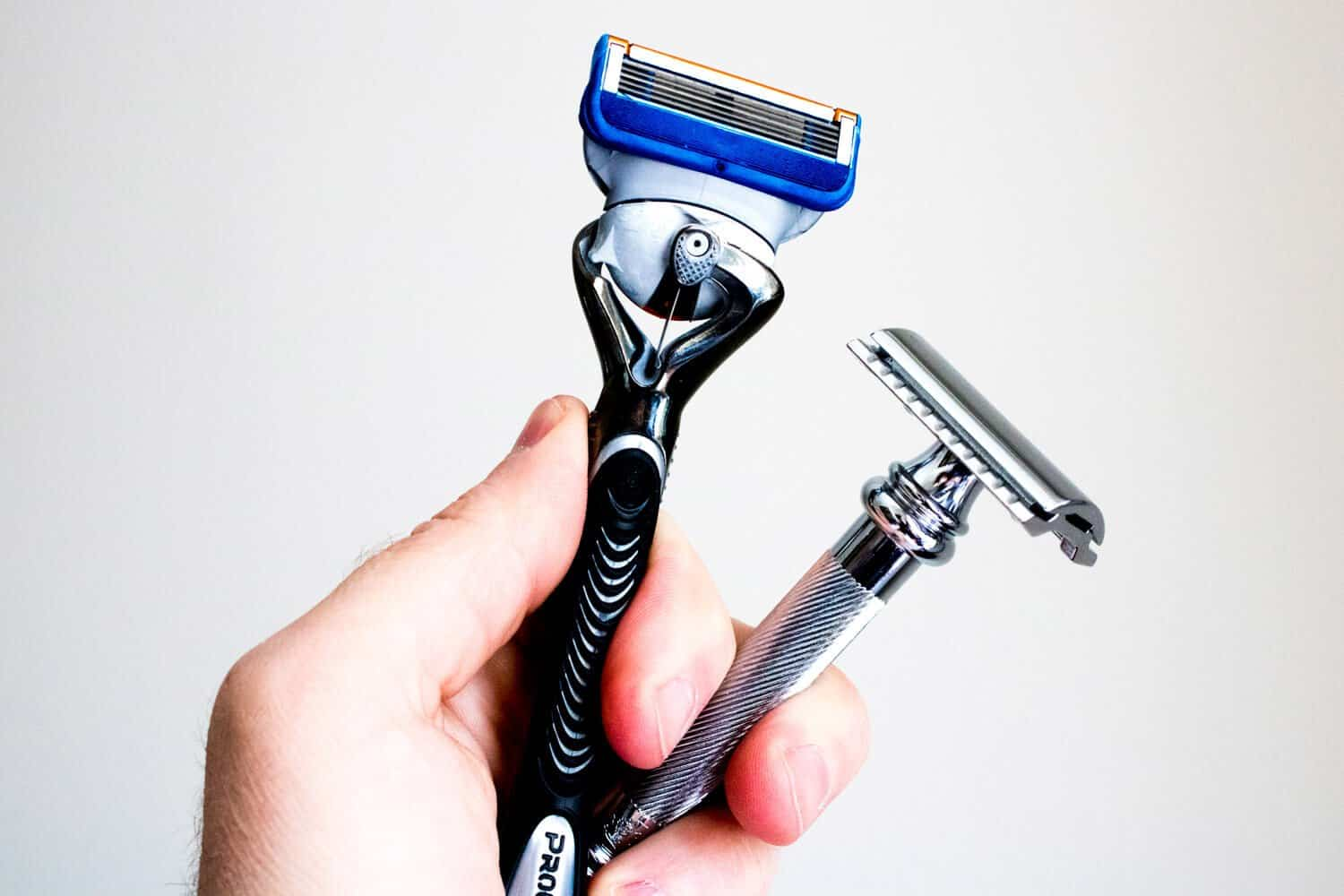 safety razor vs cartridge razor