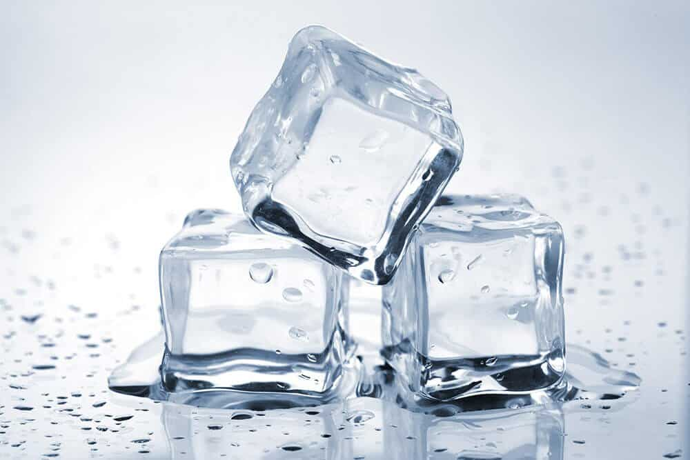 ice cubes to cure razor cuts