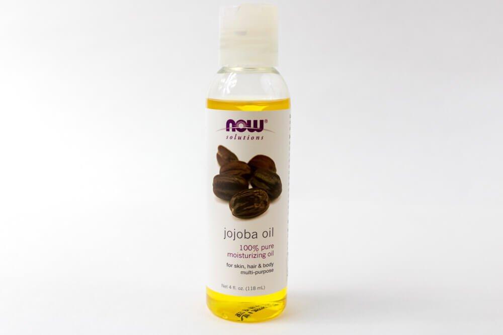 carrier oil in beard oil
