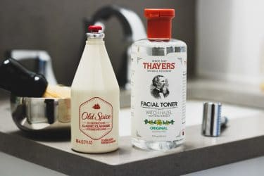 Witch Hazel vs. Alcohol: Does it Really Matter for Aftershave?