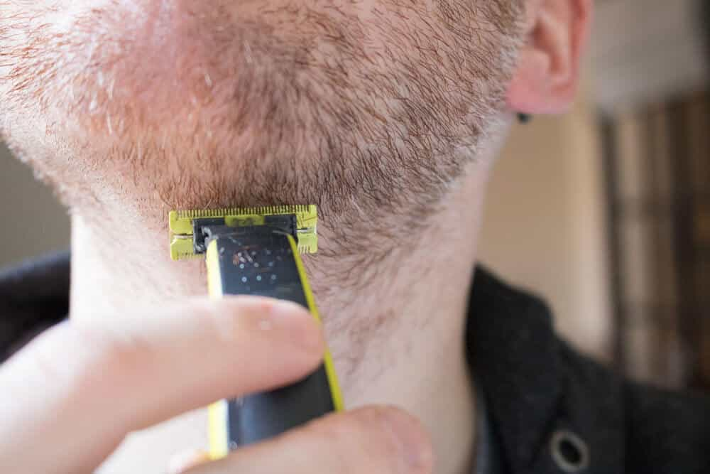 oneblade review - cutting coarse neck hair