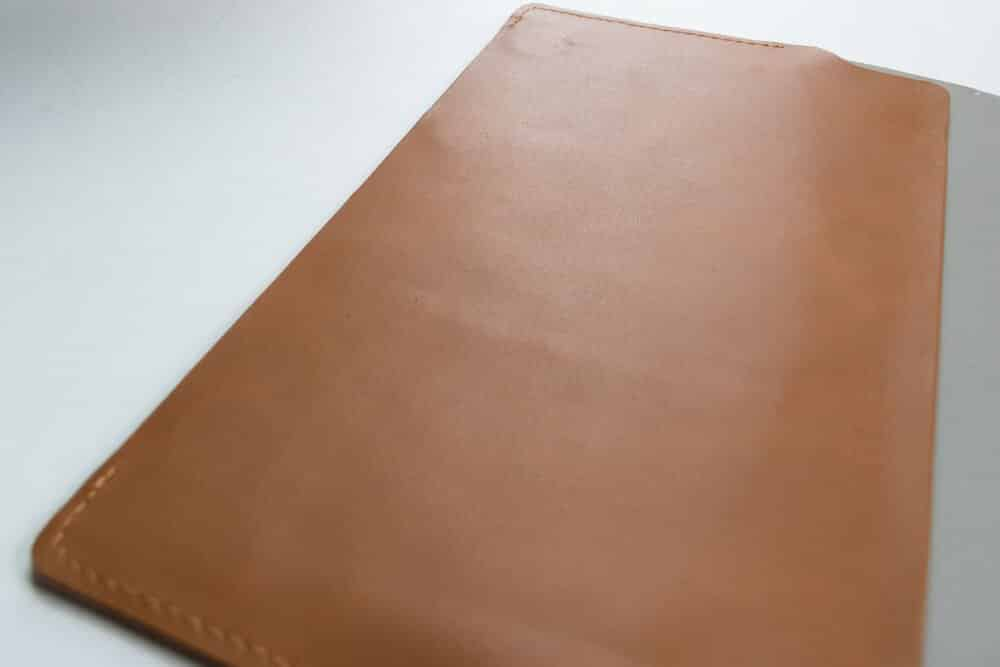 bull and stash journal review - magnetic closure