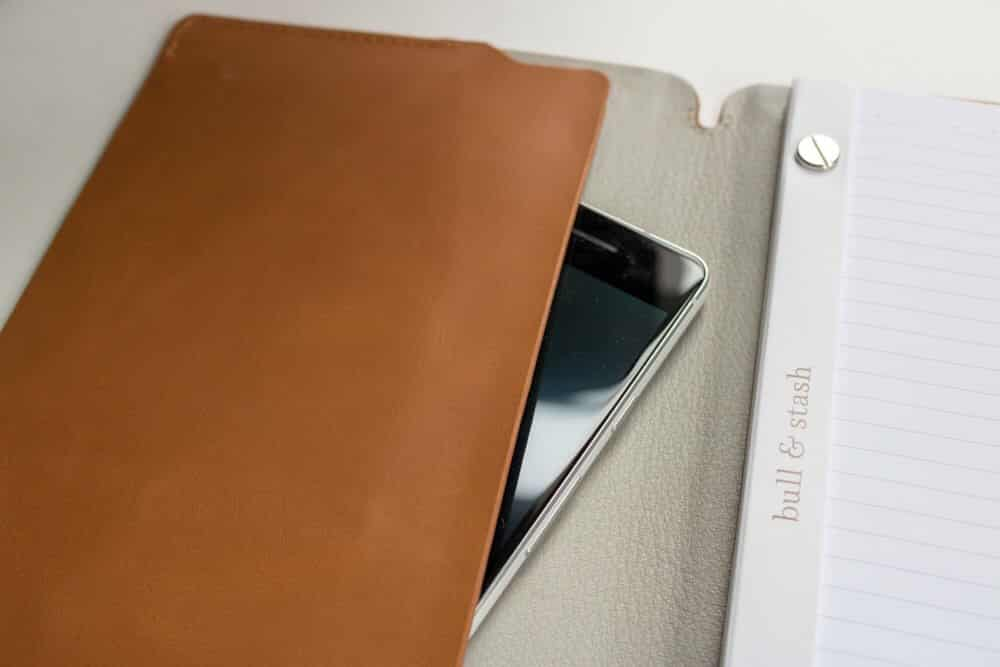 bull and stash journal review - phone storage