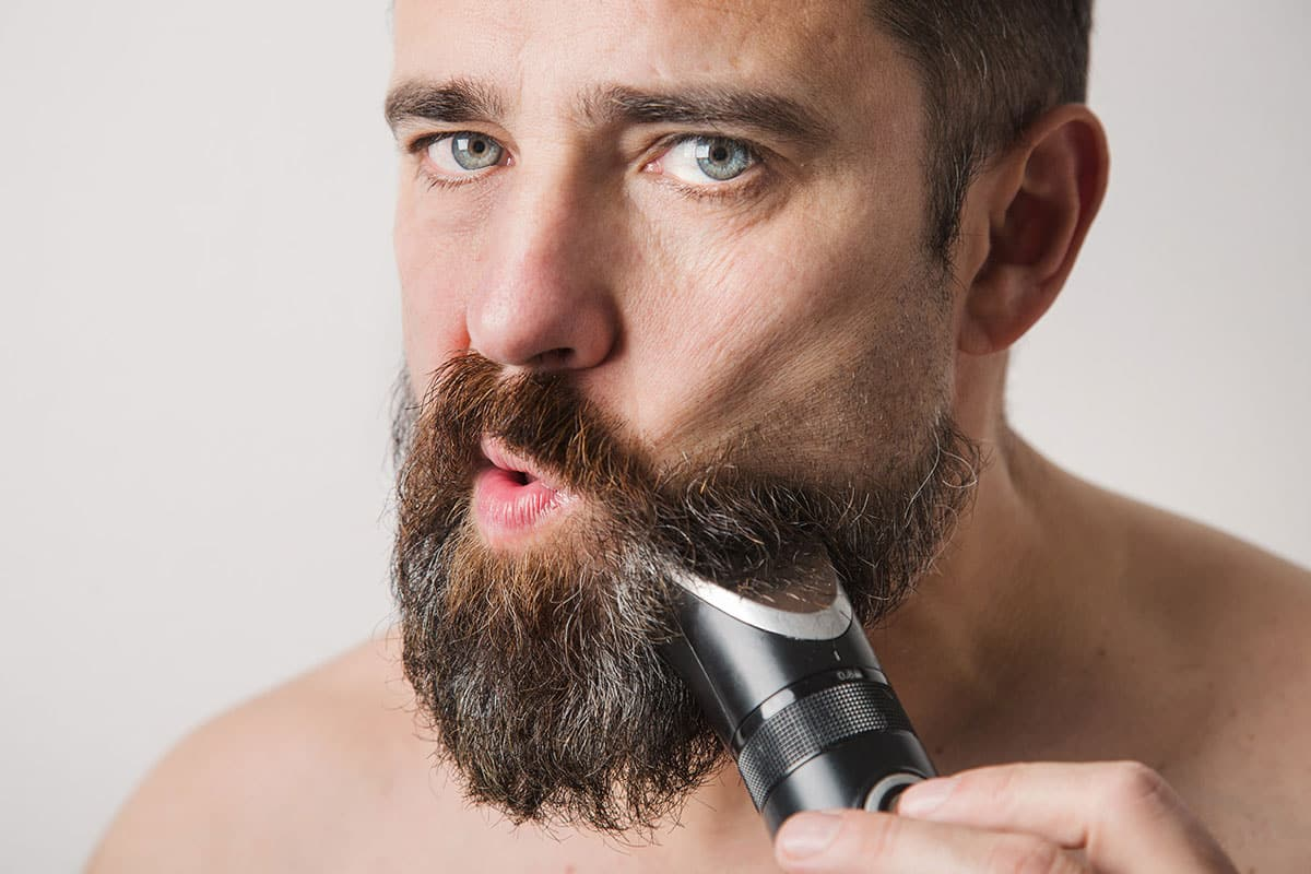 12 Best Beard Trimmers That Cut With Ultimate Precision [12]