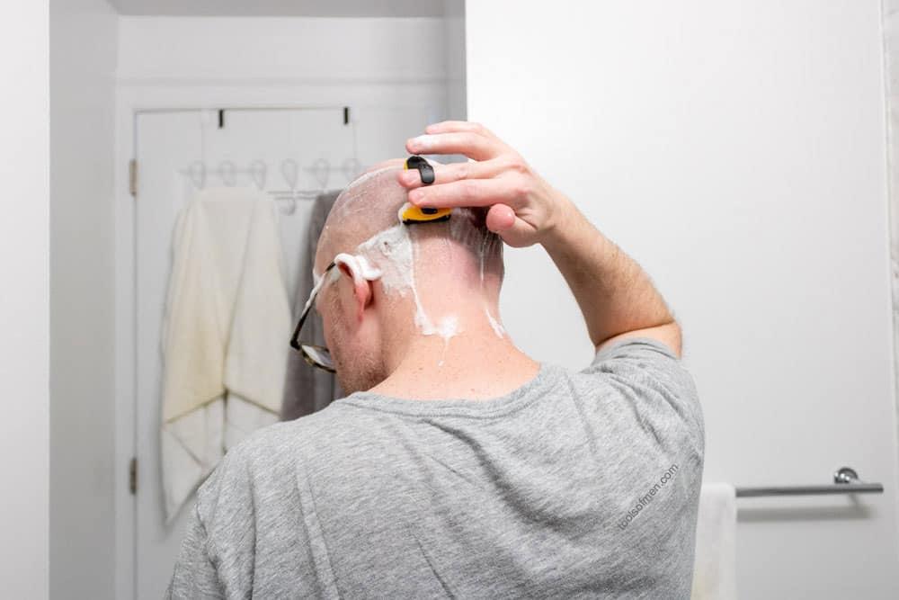 HeadBlade Moto shaving back of head