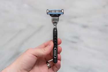 Gillette Mach3 Review - An Overview of the Design and Performance of this Cartridge Razor
