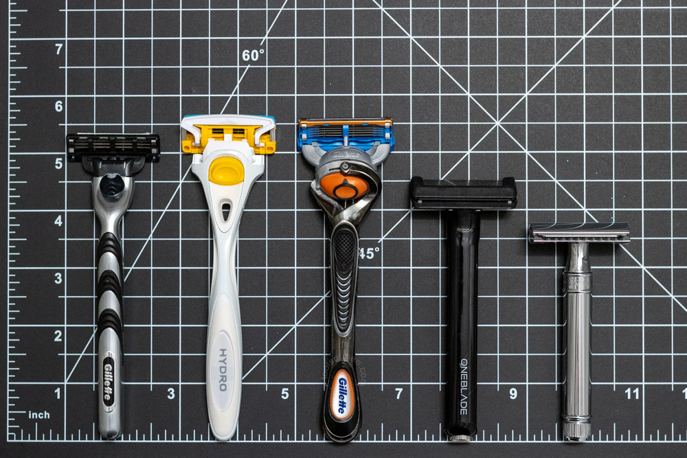 The Mach3 features a standard length comparable to other cartridge razors