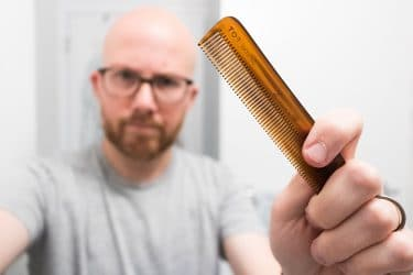 Does the material of the beard comb matter?
