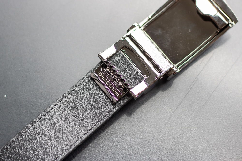 SlideBelts Review - Sliding Strap into Buckle